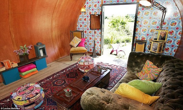 IMAGE: LOUISE BELLAERS. BRIGHT COLOURS AND GYPSY WAGON INSPIRED SHE SHEDS GARDEN DESIGN IDEA. THE NATIONAL DESIGN ACADEMY