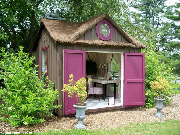 SHE SHED GARDEN SHEDS IDEAS. THE NATIONAL DESIGN ACADEMY IMAGE: @FLICKER/MWMS1916