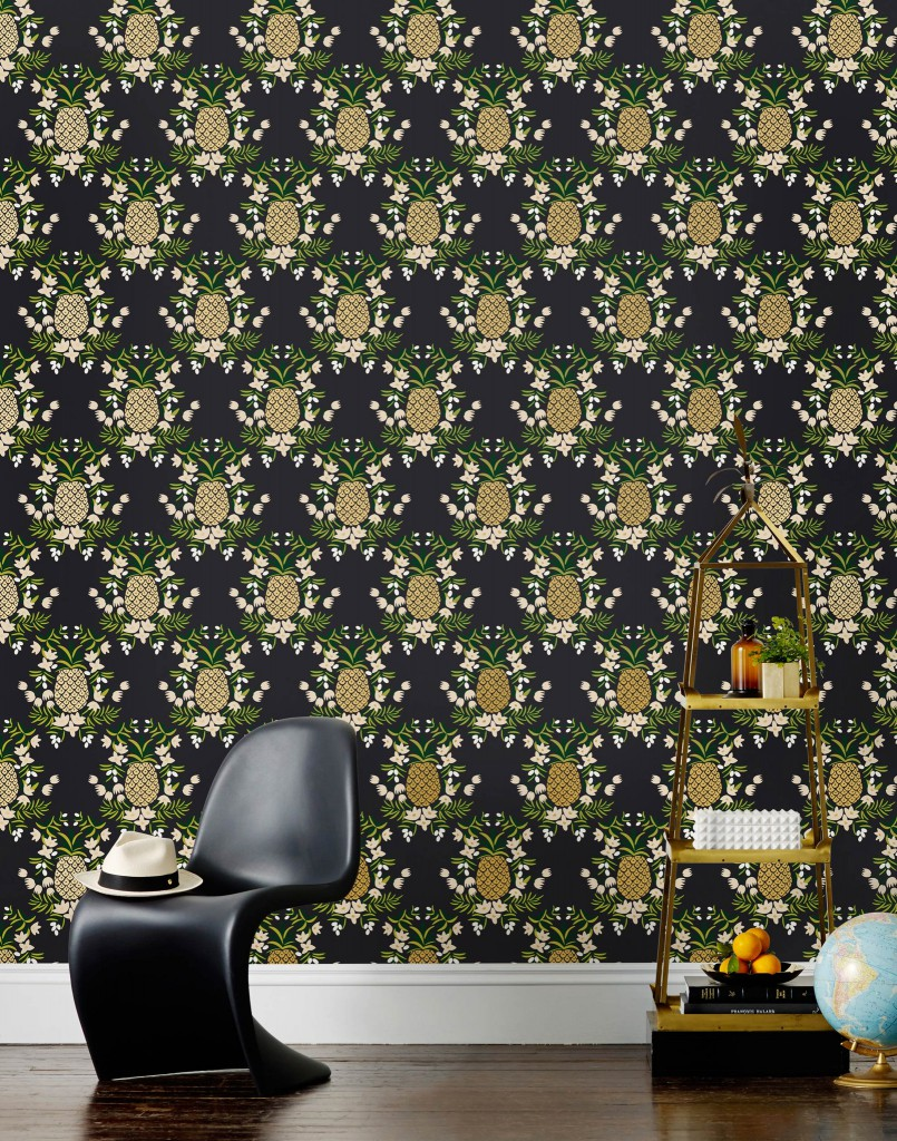 How to incorporate the tropical trend into your interior. Rifle Pineapple print wallpaper, Ebony.