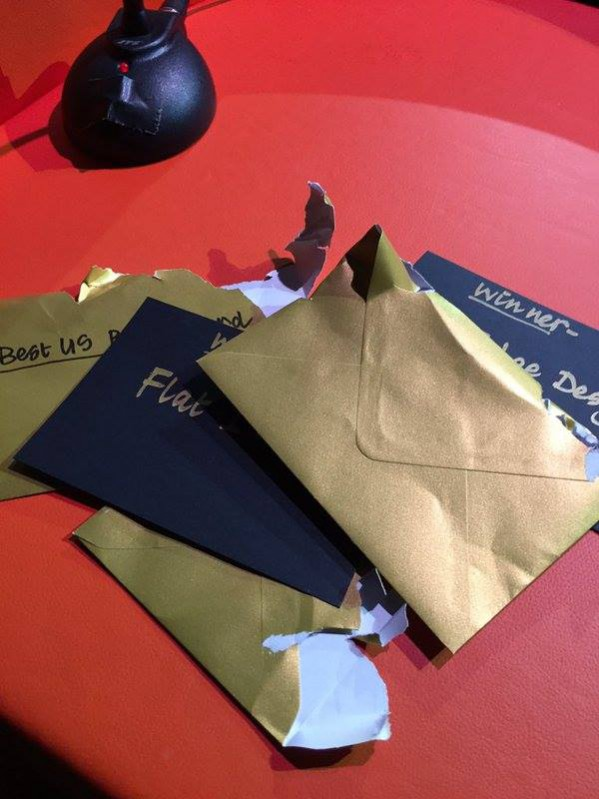 The Amara interior blog awards host, Sophie Robinson excitedly opened up each gold envelope to announce the winner of each category.