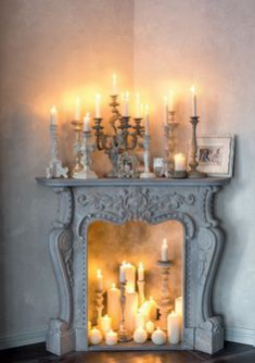 This month's Christmas inspired theme of the month explores the themes of candlelight: image via: www.tidbitsandtwine.com