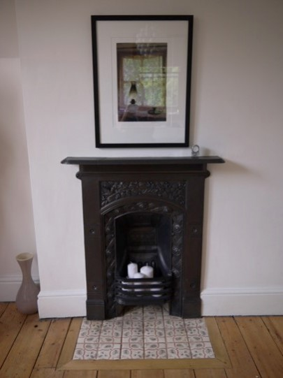 National Design Academy student Carolyn has successfully been shortlisted for the submission of her Welsh Victorian Townhouse Retrofit project within the .student/graduate category. Fireplace in the master bedroom.