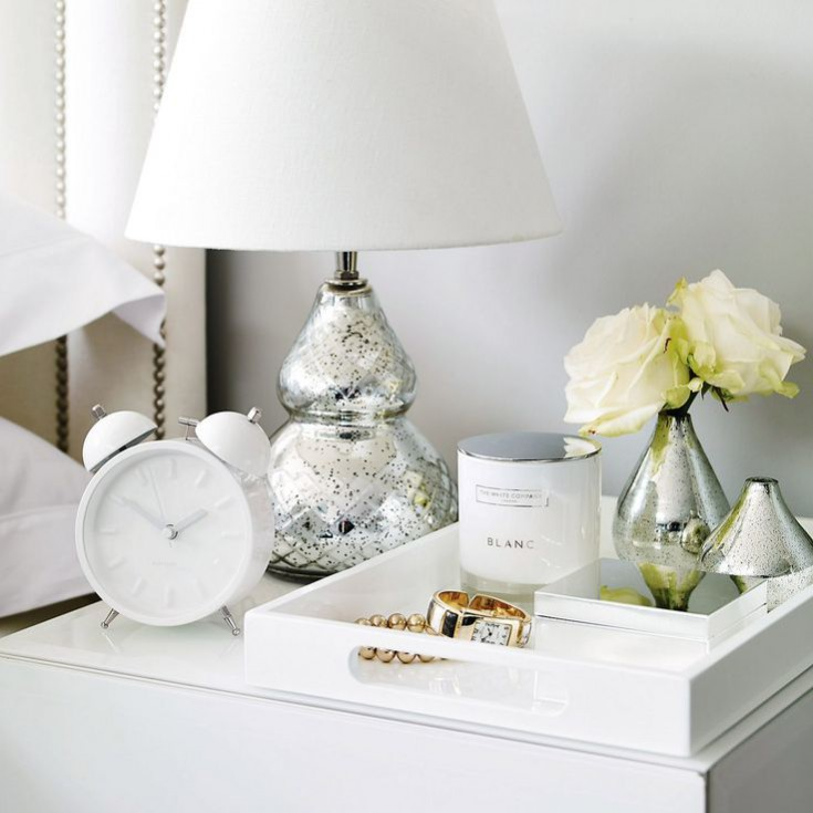 How to de-clutter your interior this January: The KonMari method - items that don't spark joy don't have a place in your home. Left with fewer items that we love our homes are easier to then organise and keep minimalistic and clutter free. Image via www.thewhitecompany.com