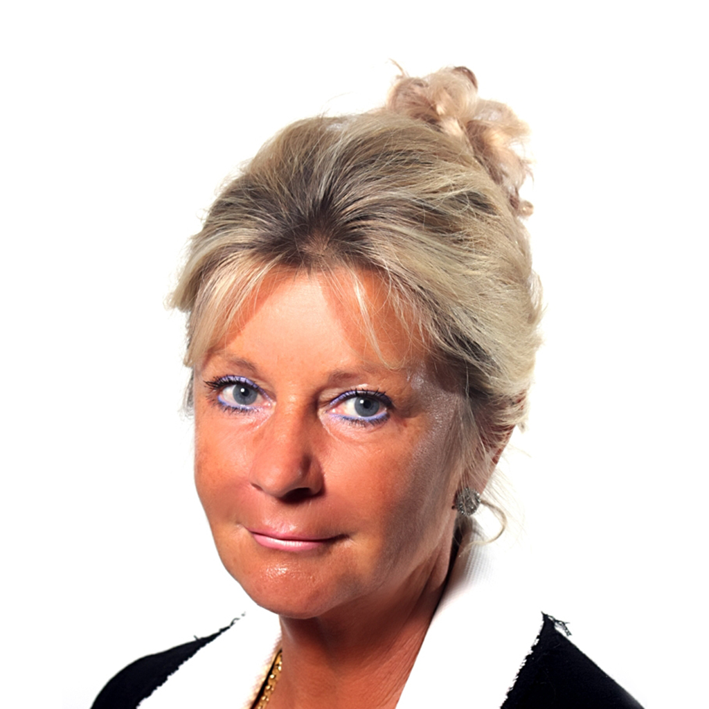 Pauline Riley