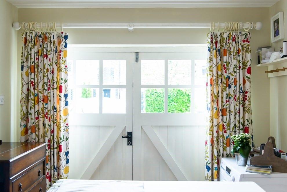 Caroline Wright - curtain making